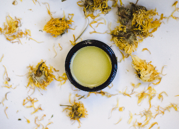 Organic Skin Care For Eye Puffiness and Dark Circles