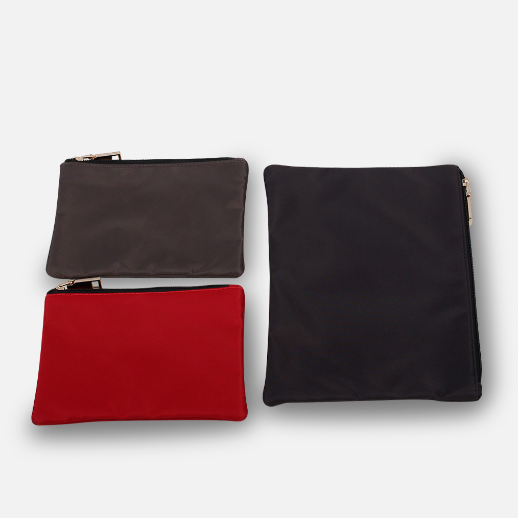 https://www.zoomlite.com.au/products/zip-travel-packing-pouch-set