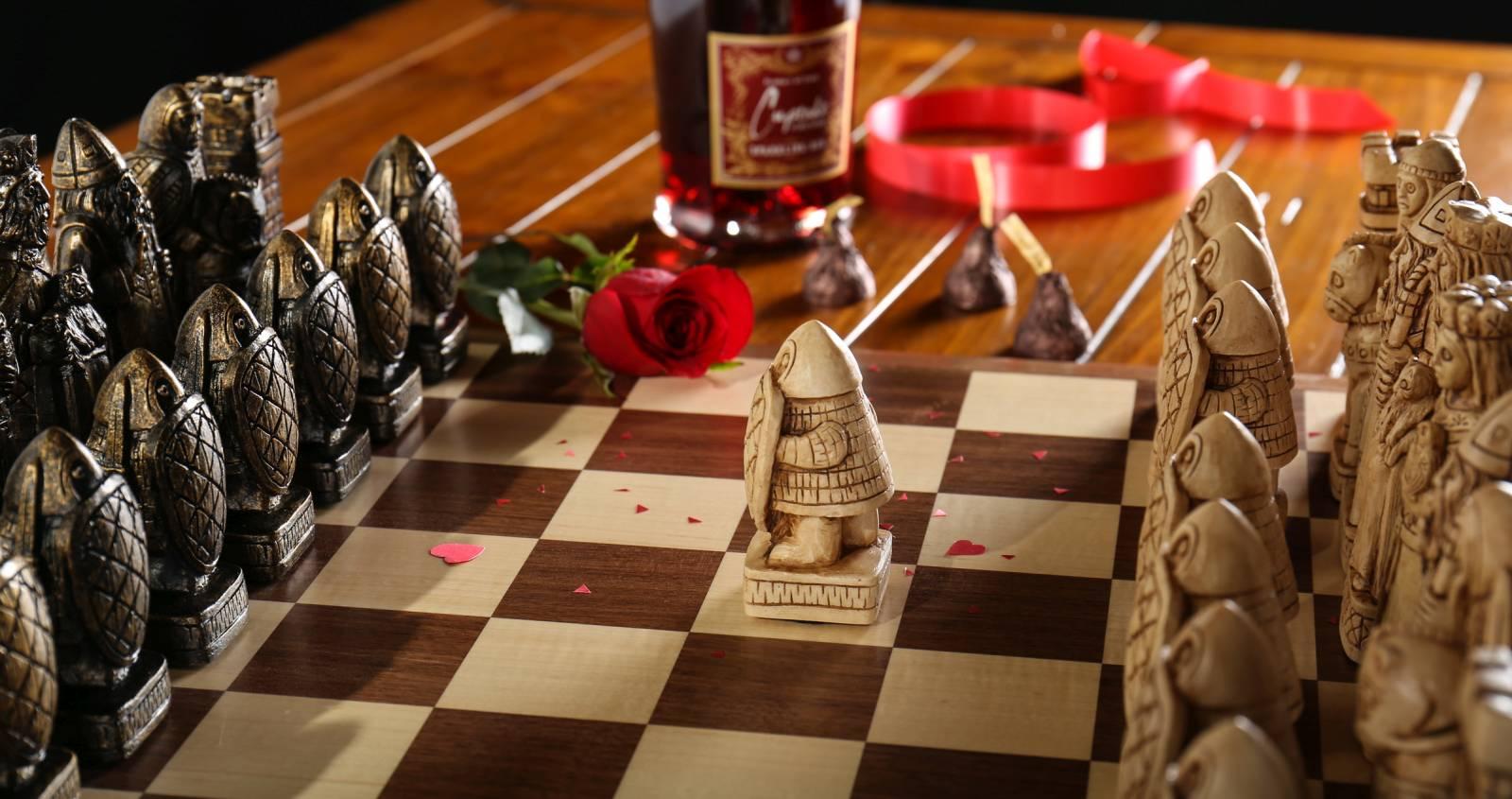 Chess set for Valentine
