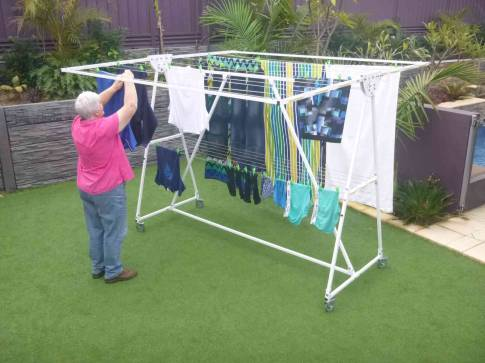 Clotheslines Officer 3809 VIC