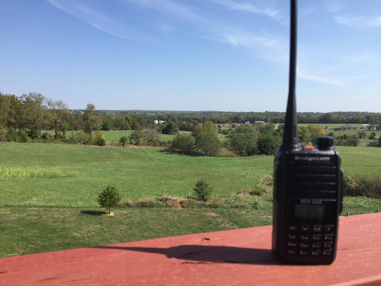 BCH-220 Handheld Radio
