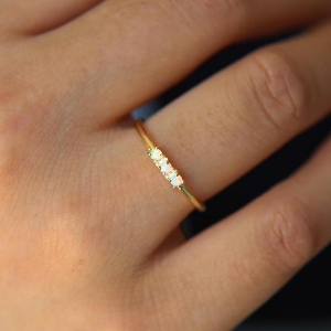 Simple Dots 18K Gold Vermeil White Fire Opal Ring