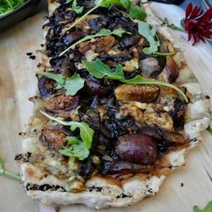 Balsamic Vinegar Onion Pizza
