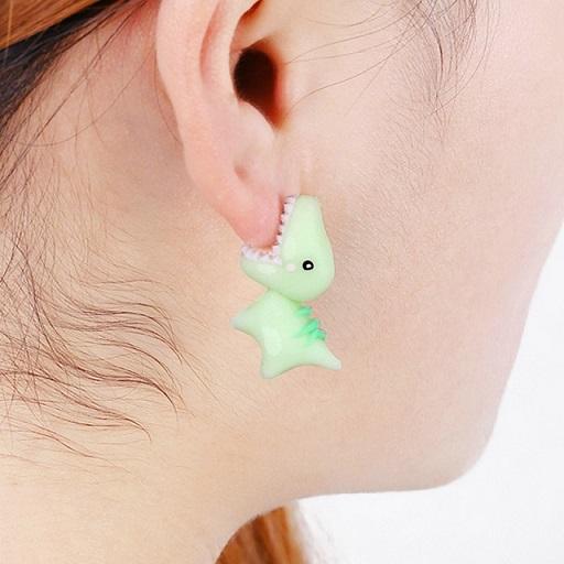 Dino Stud Earring