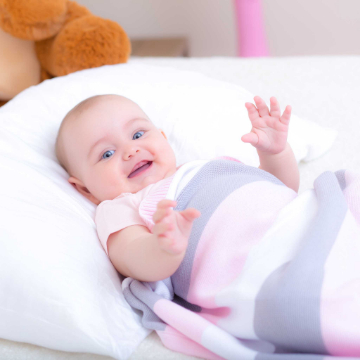 Baby Strickdecke Bio Baumwolle kbA GOTS Kuscheldecke Erstlingsdecke Minky Mooh rosa pink grau tages decke