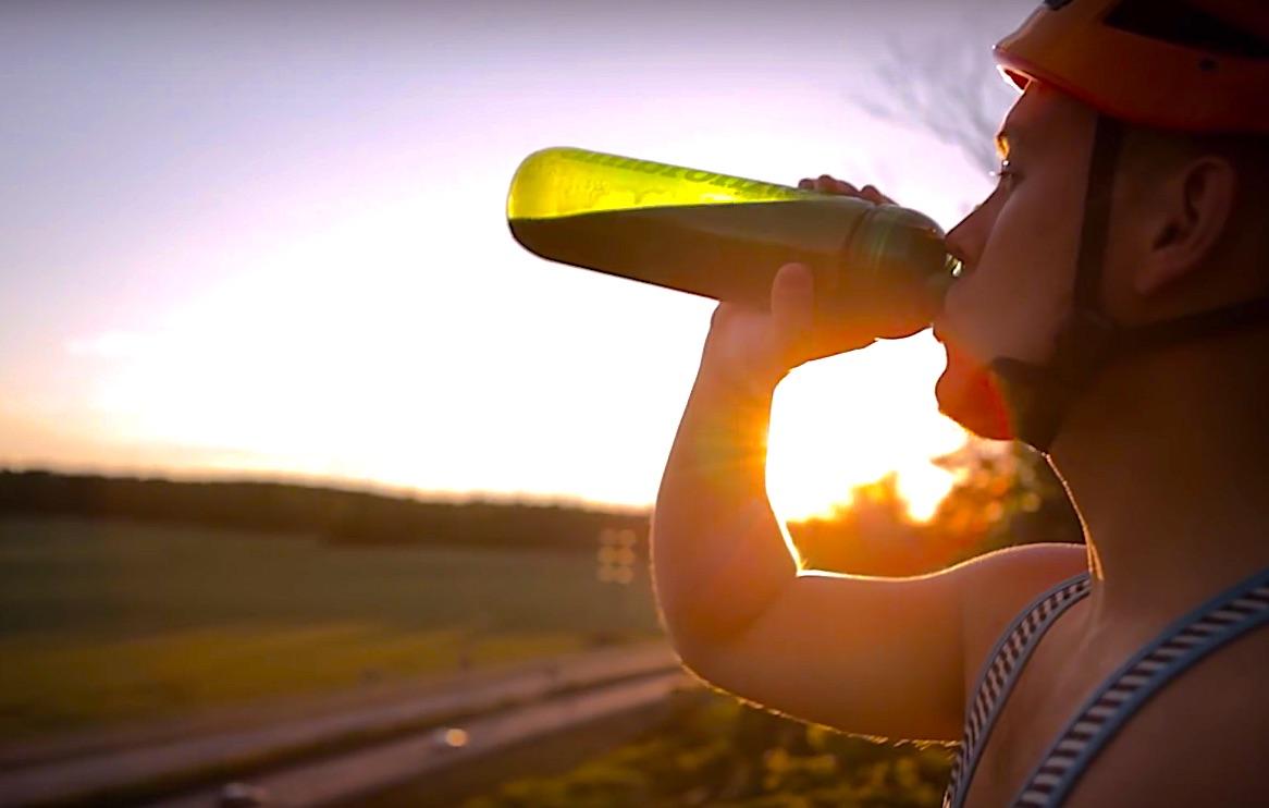 simo takes a sip