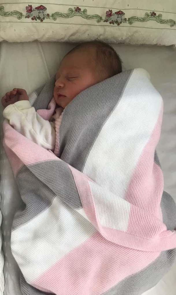 Baby Strickdecke Bio Baumwolle kbA GOTS Kuscheldecke Erstlingsdecke Minky Mooh blau gestreift grau weiß.jpg