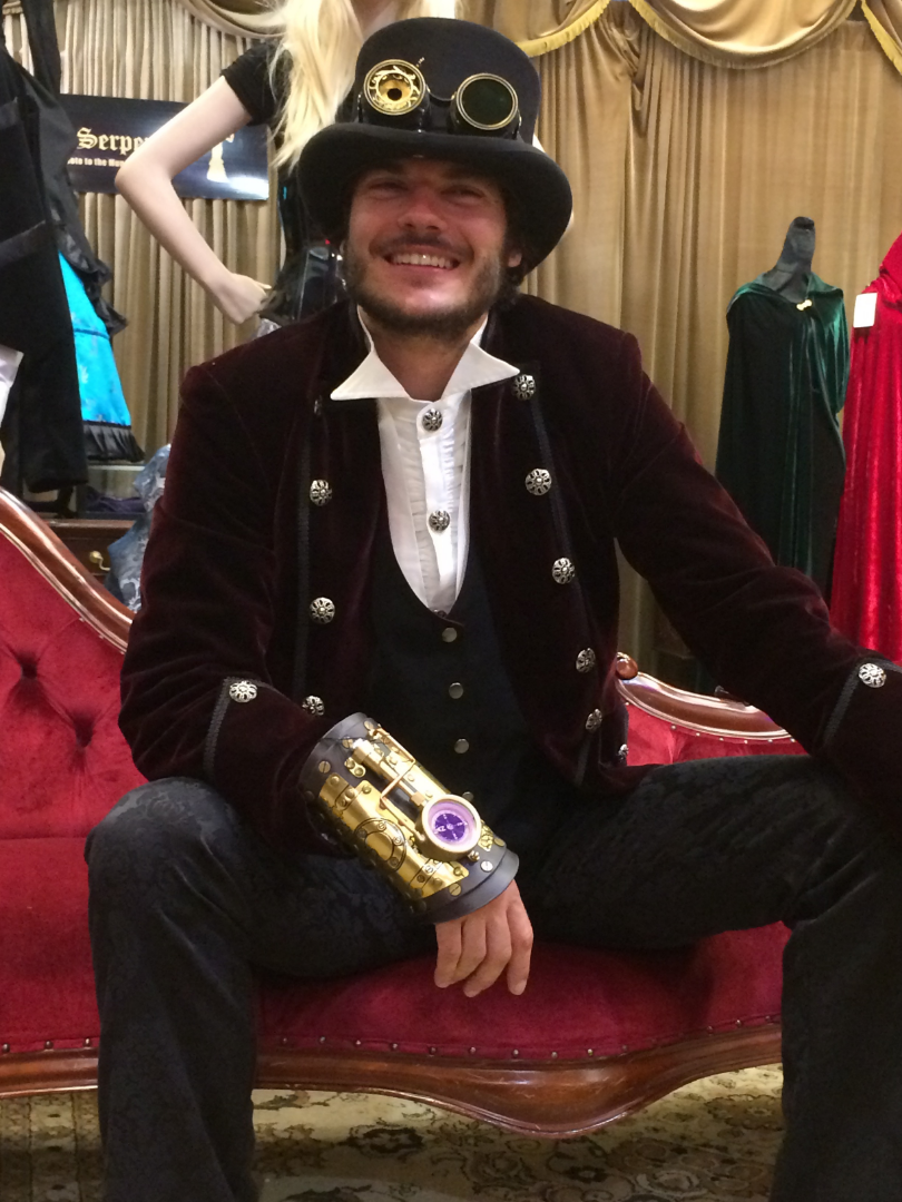 A very happy pirate chap making it steampunk
