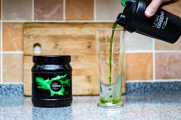 Broccoli Powdered Greens Drink #UpgradeYourNutrition #LeanGreens #broccoli