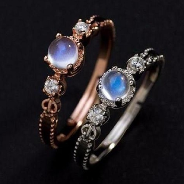 Mystic Moonstone 925 Sterling Silver Ring