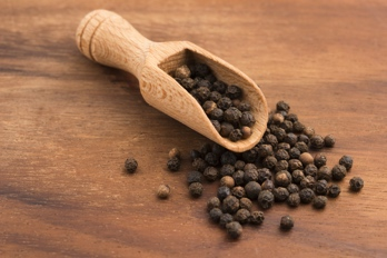 Black Pepper Extract, piperine added to increase absorption by 2000 percent #UpgradeYourNutrition #LeanGreens #Turmeric
