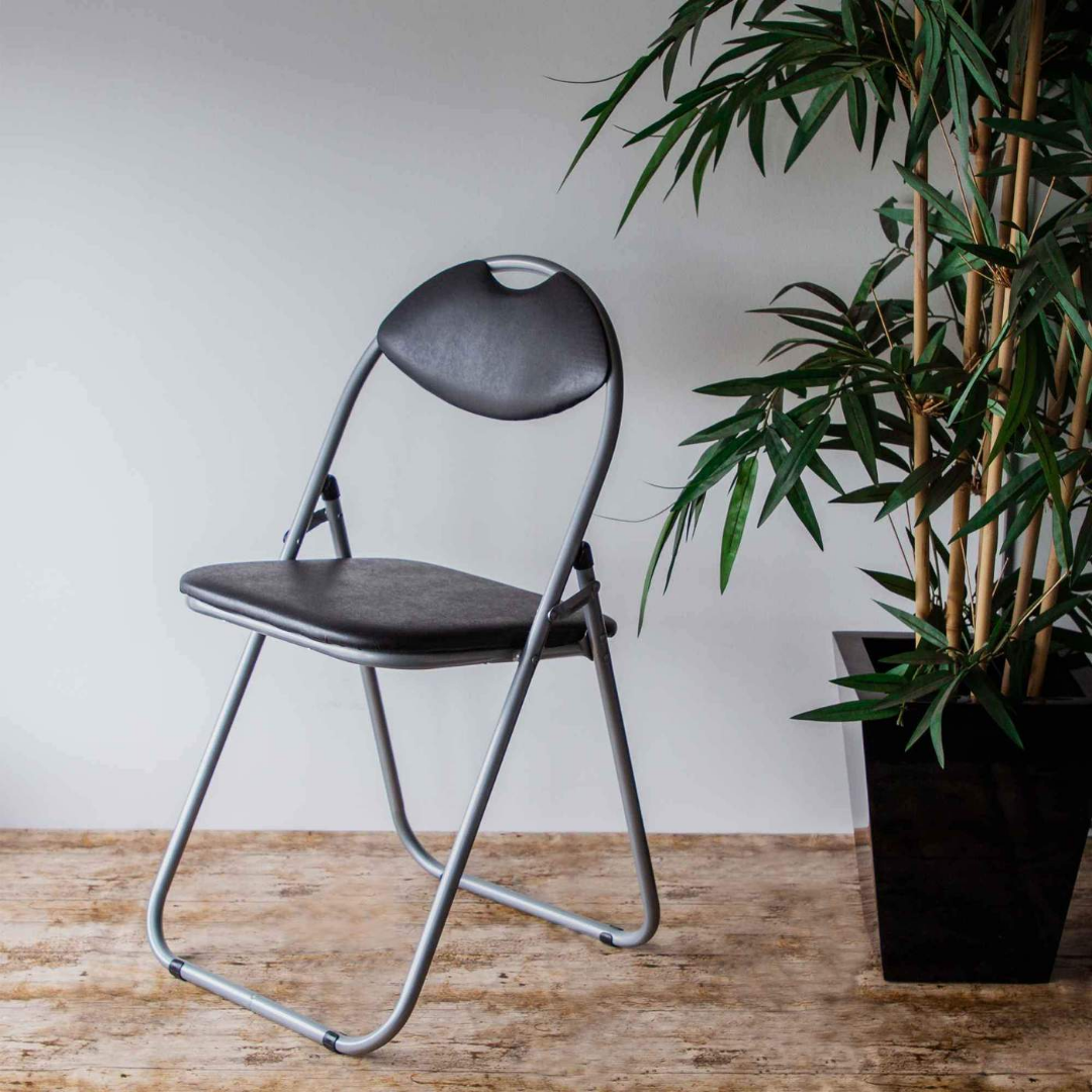Folding Chairs & Stools at Rinkit.com