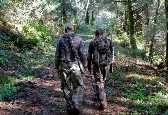 Todd Freitag and Dave Kranick elk hunting